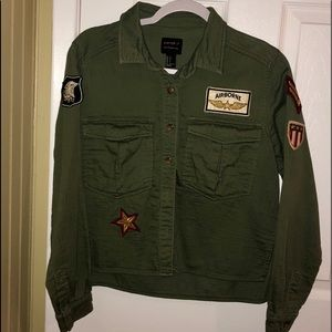 Air Force inspired jacket with awesome patches✈️